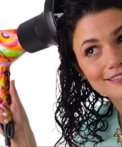 How to Get Frizz Free Curls With a Diffuser | Birchbox