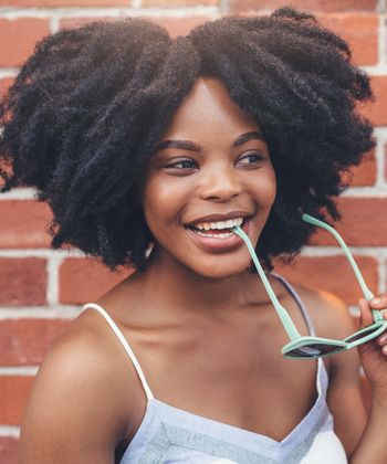 Should You Oil Your Roots or Your Tips? This is How to Figure it Out!