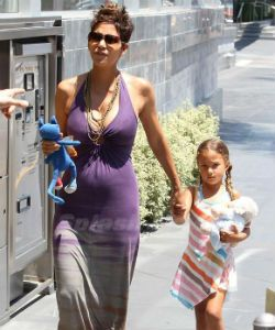 Halle Berry's Ex Straightened Their Daughter's Hair... Now They Are In Court