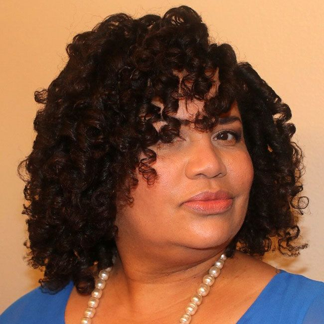 CurlyCoilyTresses Founder Angela Fields, portrait