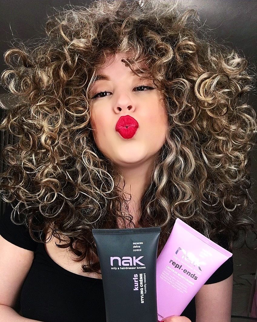 Chevera Goed Favourite Curly Hair Products