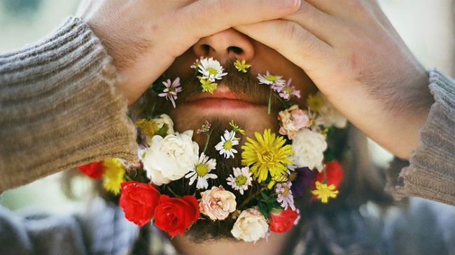 men put flowers in their beards