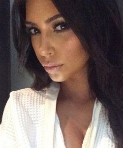 Kim Kardashian's New Hair Oil (and the Weird Way She Used It)