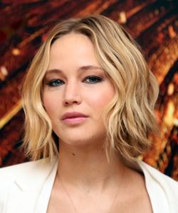 "How to Get Jennifer Lawrence's Wavy Bob (aka the ""Wob"")"