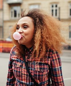 "Gravity & Curly Hair: This is Why Your Hair's ""Not Growing"""