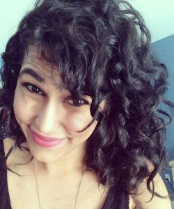 5 Methods For Softer Curls In The Winter Time
