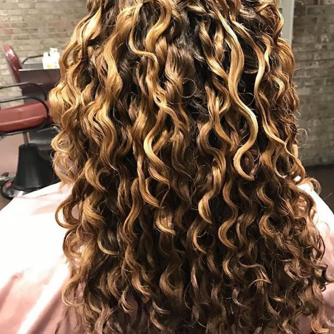 650x650 mia devacurl waves.png