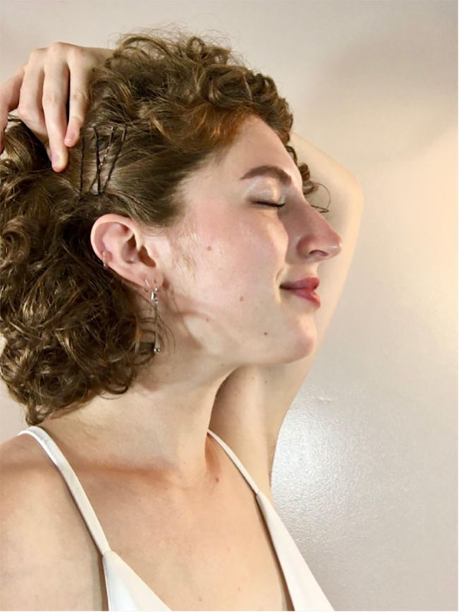 3 Simple Wedding Styles For Short Curly Hair Naturallycurly Com