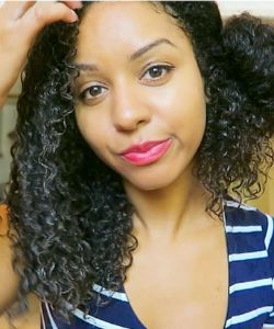 The Dos and Don'ts of Detangling Curly Hair