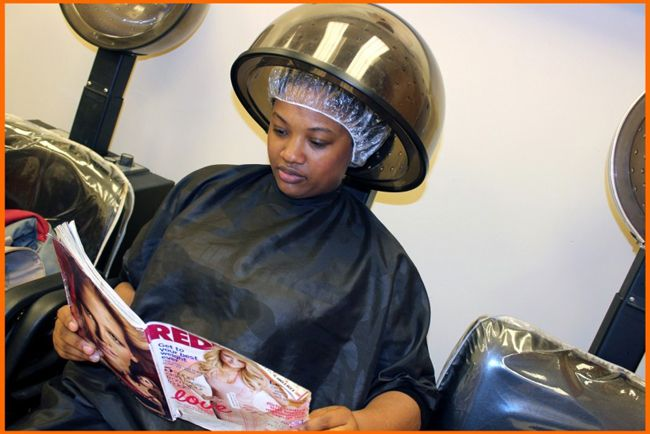10 People You're Guaranteed to Meet in a Salon - the introvert