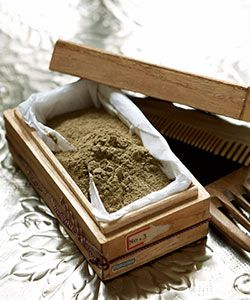 DIY Bentonite Clay Cleanse for Your Hair