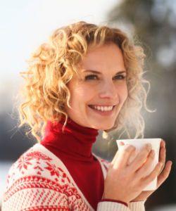 How to Lighten Your Hair with DIY Herbal Lightener