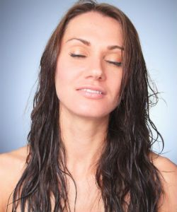 3 Very Necessary Steps For Detangling Long Wavy & Curly Hair