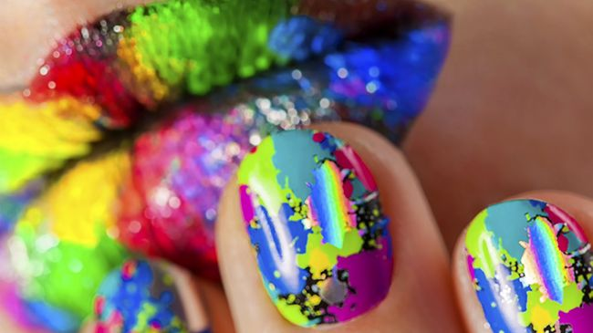 finger nails rainbow polish