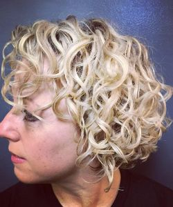 This Top Curly Hair Artist Calls Curls A 'God-Given Blessing'