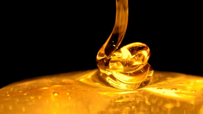 manuka honey dripping