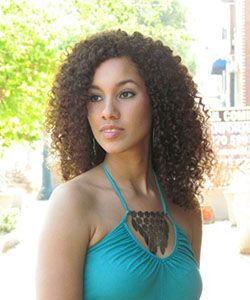 Leah Thompson's Curly Hair Journey