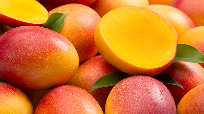 mango fruit for shiny hair