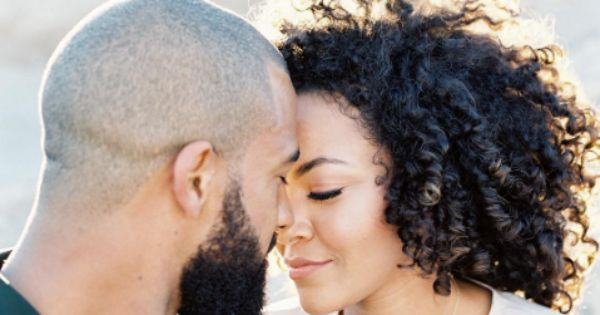 dating someone with curly hairwhat is the average age you start dating