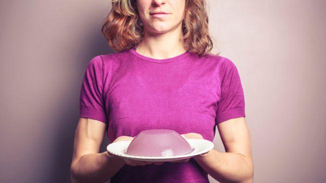 woman holding gelatin
