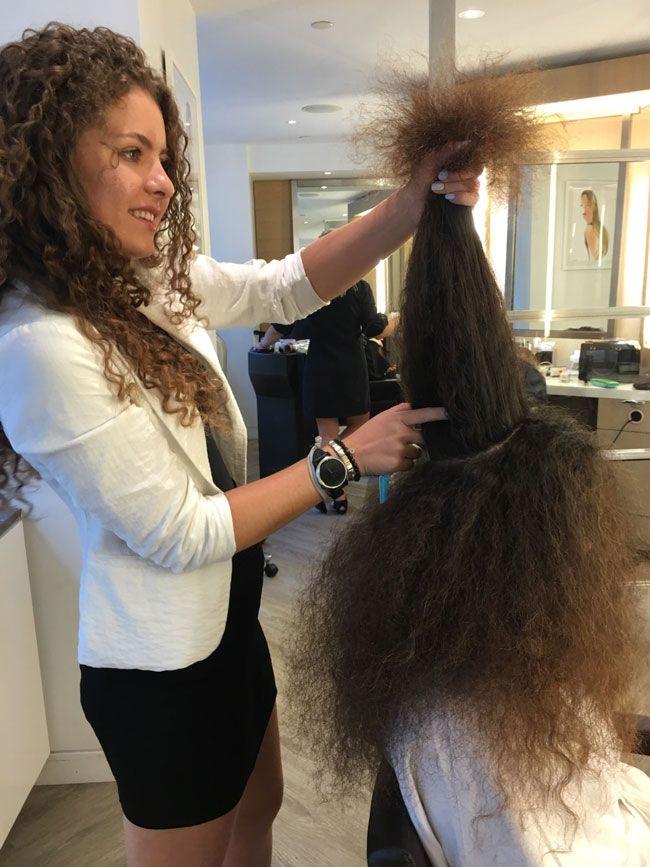 curly hair cutting technique