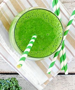 Try This Tasty Kale Smoothie for  Healthier Hair