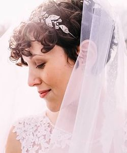 The Prettiest Short, Curly Hairstyle for Your Wedding