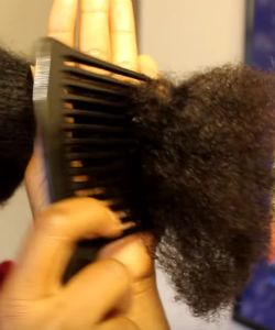 5 Times It's Ok To Detangle Type 4 Hair With A Comb