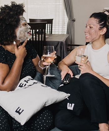 We Tried It: Bentonite Clay Masks!
