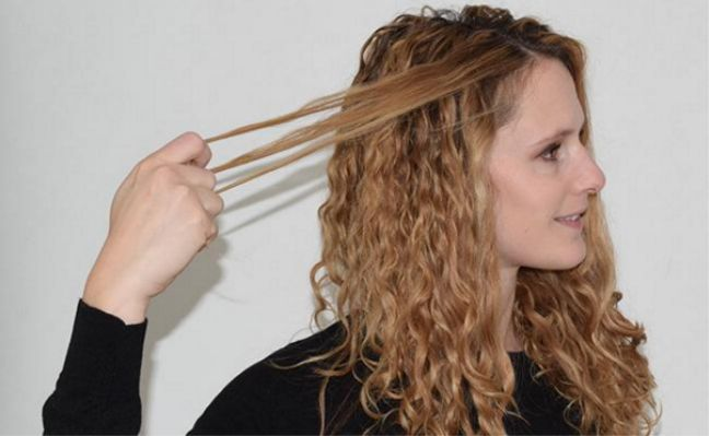 The Perfect Hairstyle To Save Your 3rd Day Curly Hair