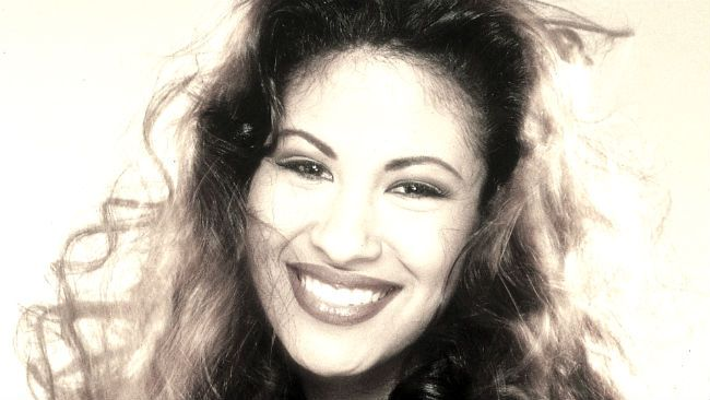 selena quintanilla, latina feminist icon