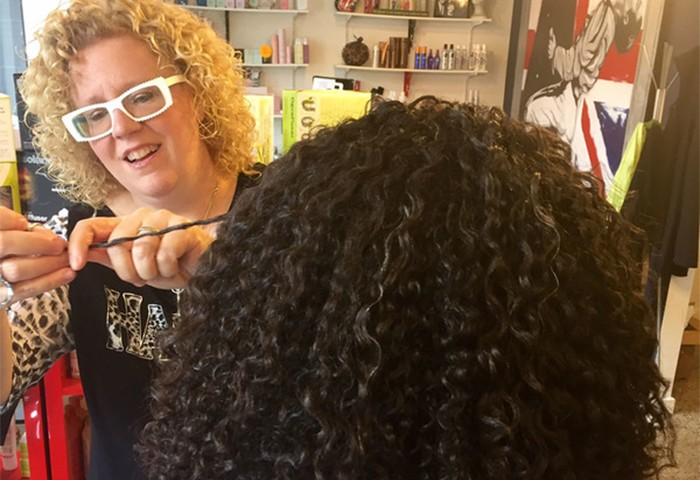 The Top CG Tips for Styling Curly Hair, According to an Expert