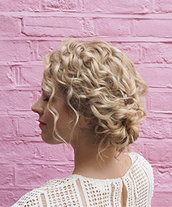 How to Style Type 2 Curls That Easily Lose Their Definition