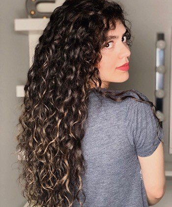 Texture Tales: Asal on How She Styles Her Long Curly Hair