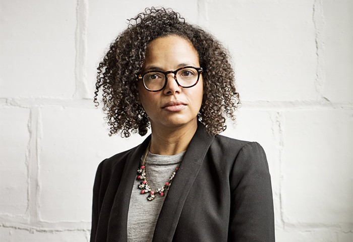 Curly Powerhouse Leads Online Community for Social Change