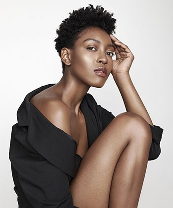 Texture Tales: Jessica Fennix on Embracing Her Natural Hair as a Fashion Model