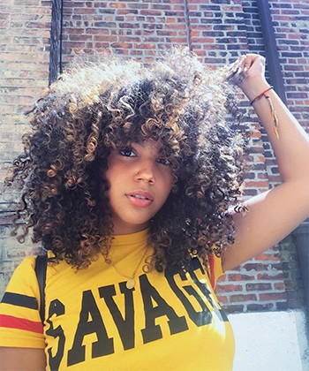 Texture Tales: Jhoanny Shares Her Journey of Embracing Her Curly Dominican Hair