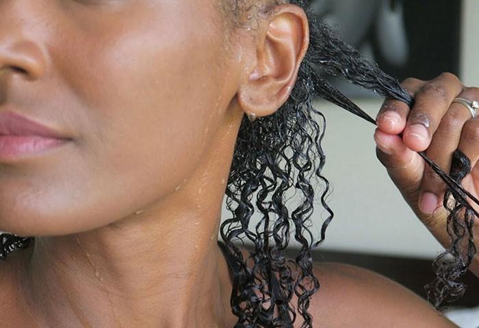 shingling-curly-hair-700