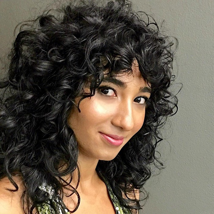 Top Haircuts And Styles For Oval Faces Naturallycurly Com