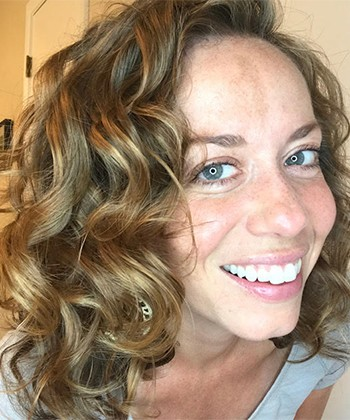 How to Add Volume to Wavy Hair by Using the Rainbow Clipping Method