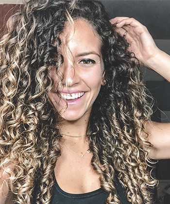 Texture Tales: Gabriela on Growing Up as the Only One With Curly Hair in Her Puerto Rican Family