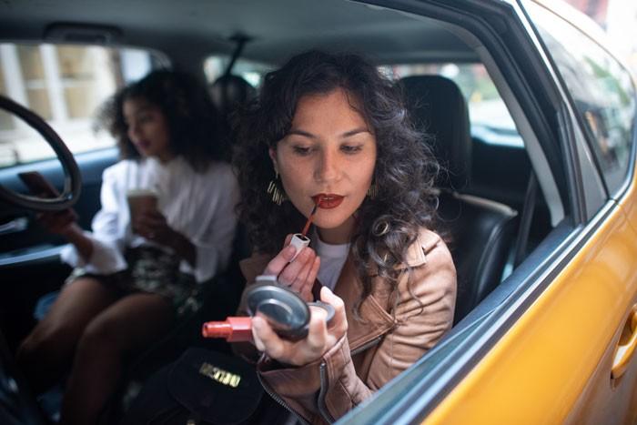 applying-lipstick-700