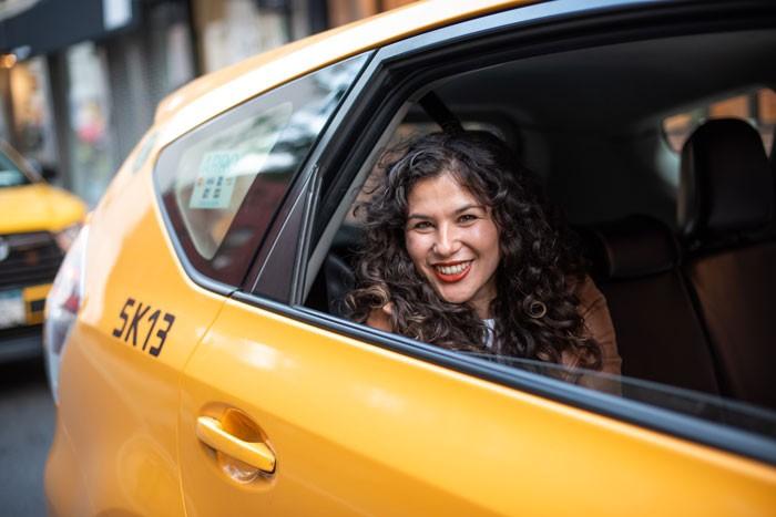 taxi-700