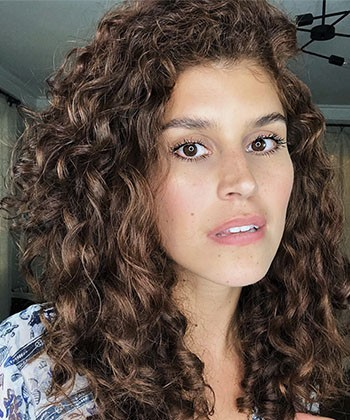 Texture Tales: Nikki Shares Her Curly Hair Routine and Secret to Protecting her Curls at Night