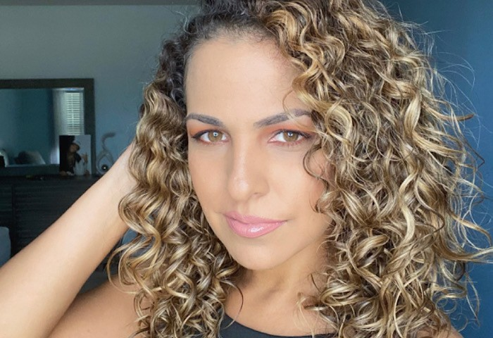 Texture Tales: Iana on How the Pandemic Inspired Her Embrace Her Curly Hair