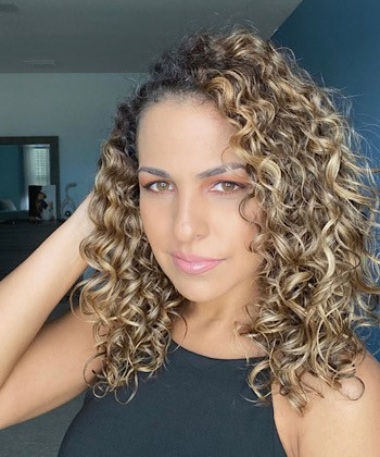 Texture Tales: Iana on How the Pandemic Inspired Her to Embrace Her Curly Hair