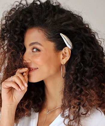 15 Curly Hair Accessories You Need to Try