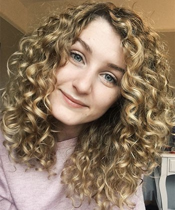What to Do If the Curly Girl Method Makes Your Hair Less Curly