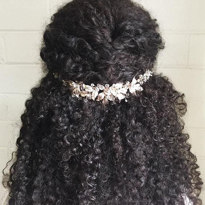 Naturally Curly Wedding Hair: 14 Bridal Hairstyles For Natural Hair
