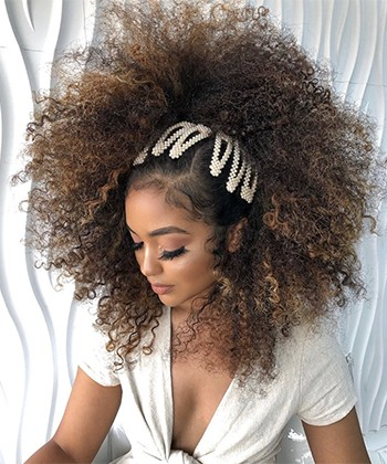 10 Curly Hair Accessories You'll See Everywhere this Season